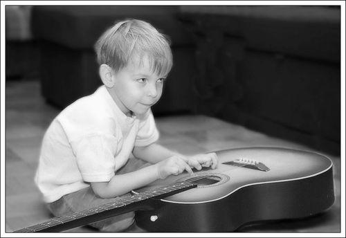 guitarst.jpg