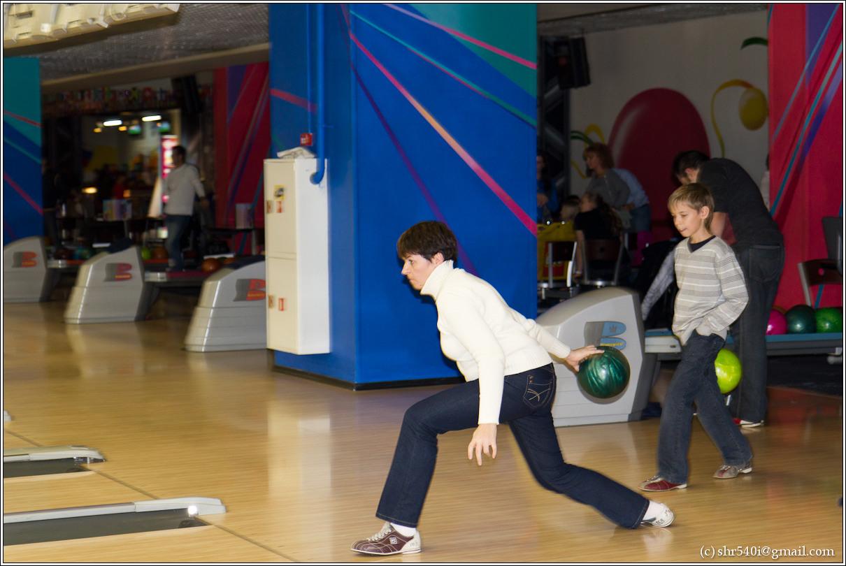 2010-10-23 19-17-54_Bowling_00009_4star.jpg