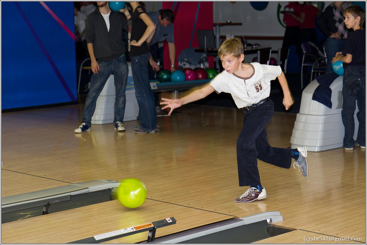 2010-10-23 19-56-33_Bowling_00019_3star.jpg