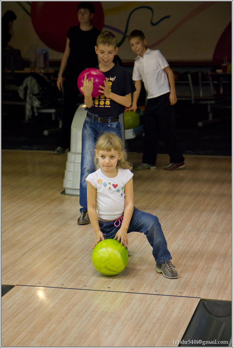 2010-11-14 21-06-07_Bowling_00009_3star.jpg