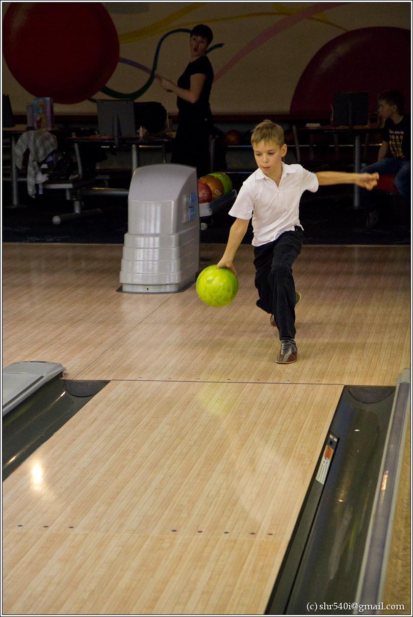2010-11-14 21-33-06_Bowling_00011_3star.jpg