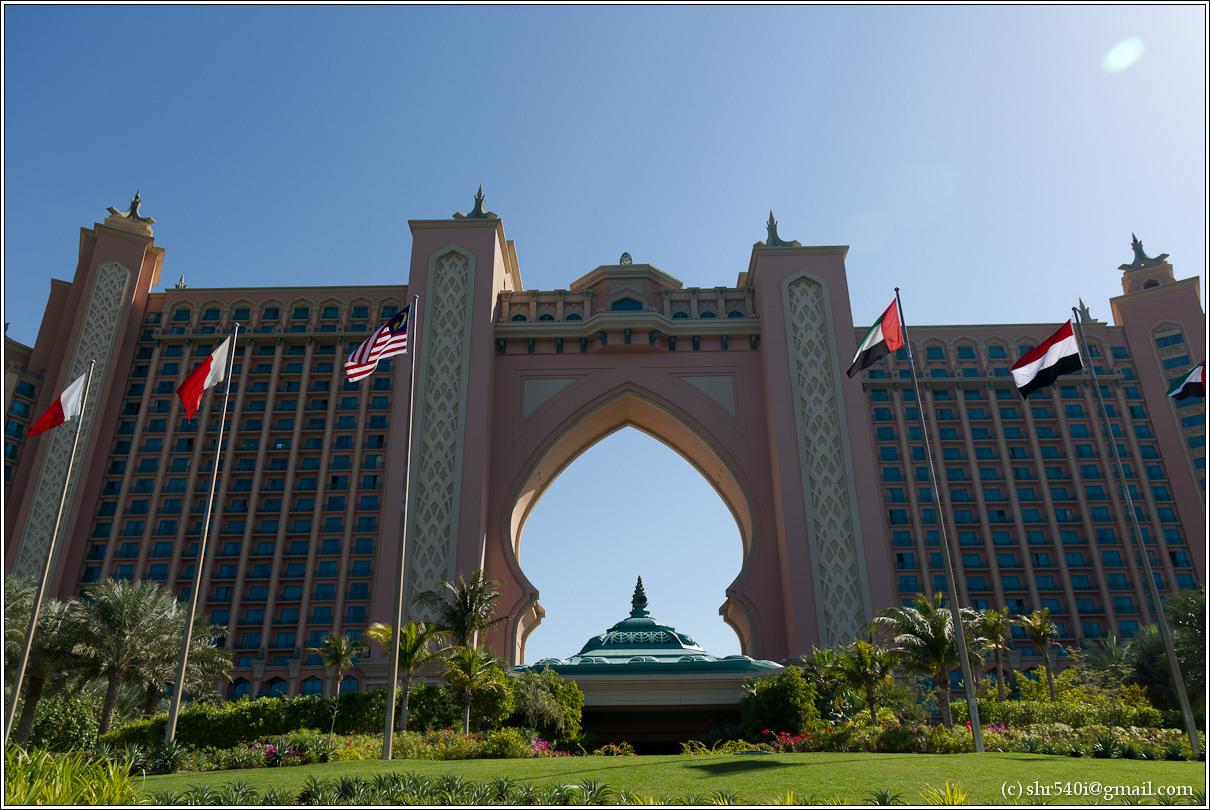 2011-01-01 12-42-24_Dubai_00037_3star.jpg