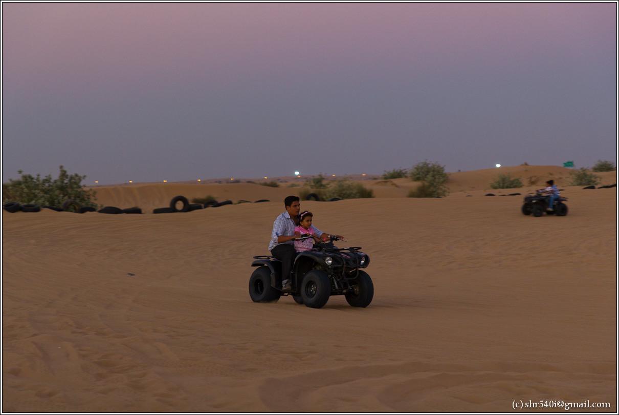 2011-01-01 17-52-02_Dubai_00098_2star.jpg