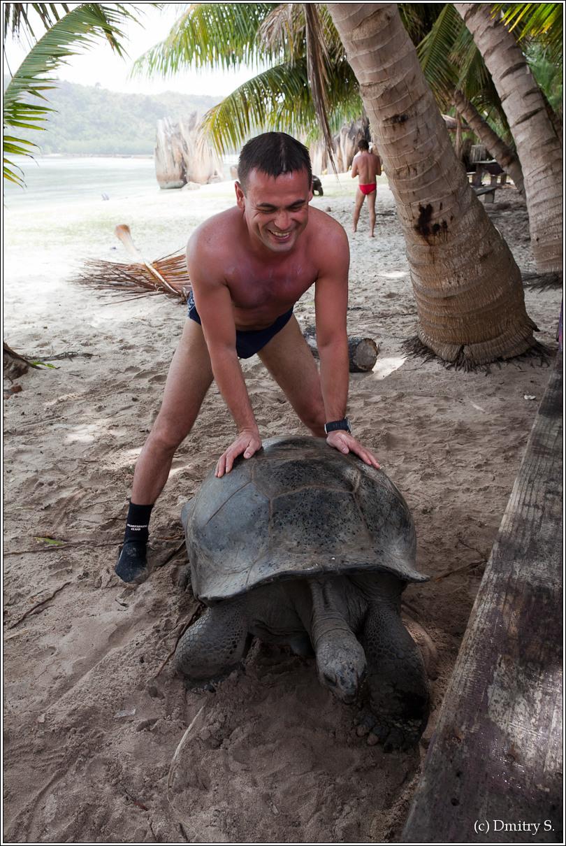 2011-01-04 14-43-00_Seychelles_DS_00064_2star.jpg
