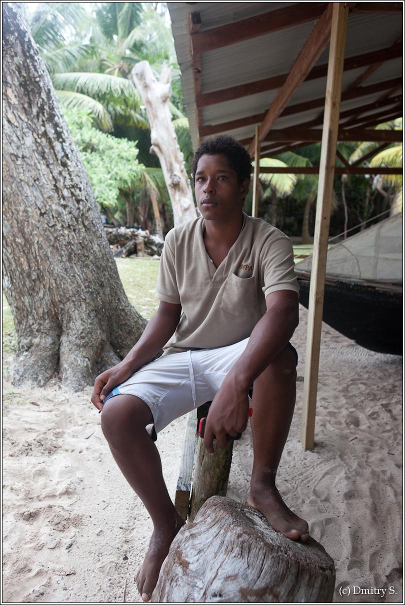 2011-01-04 16-39-55_Seychelles_DS_00075_2star.jpg