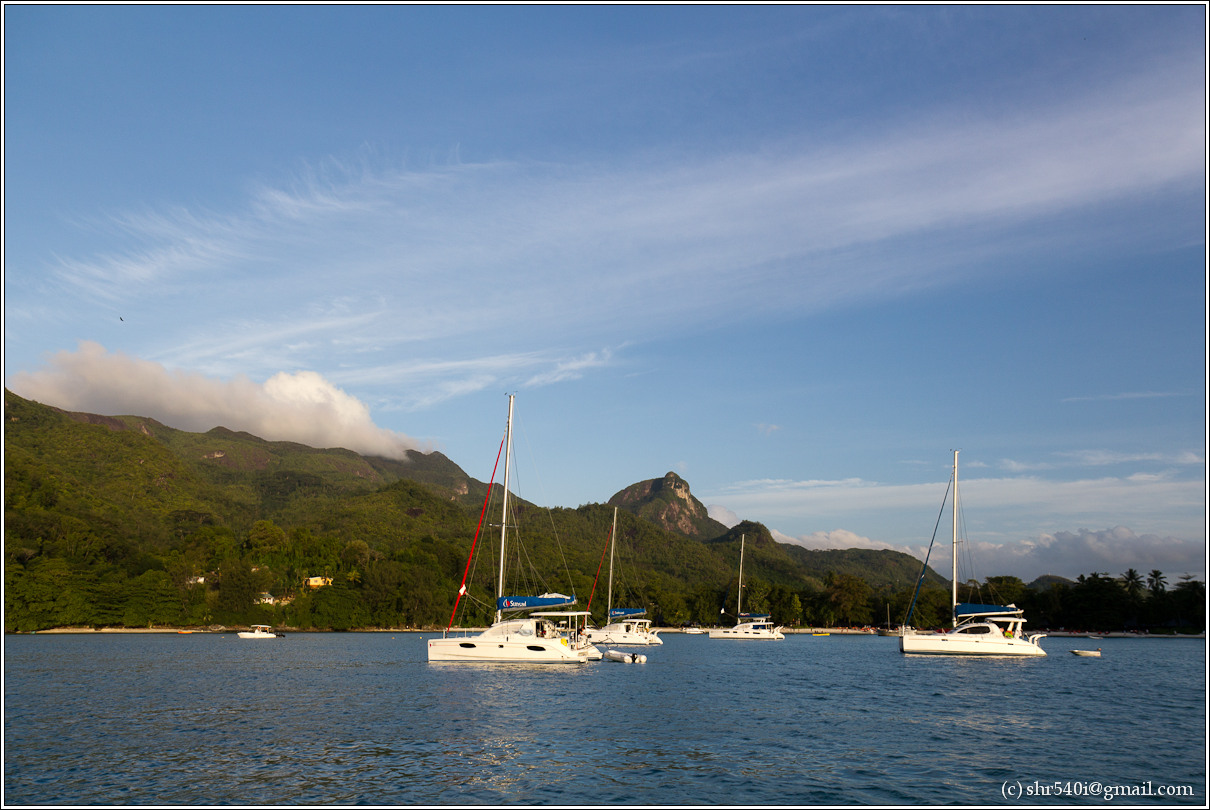 2011-01-06 18-02-25_Seychelles_00339_star.jpg
