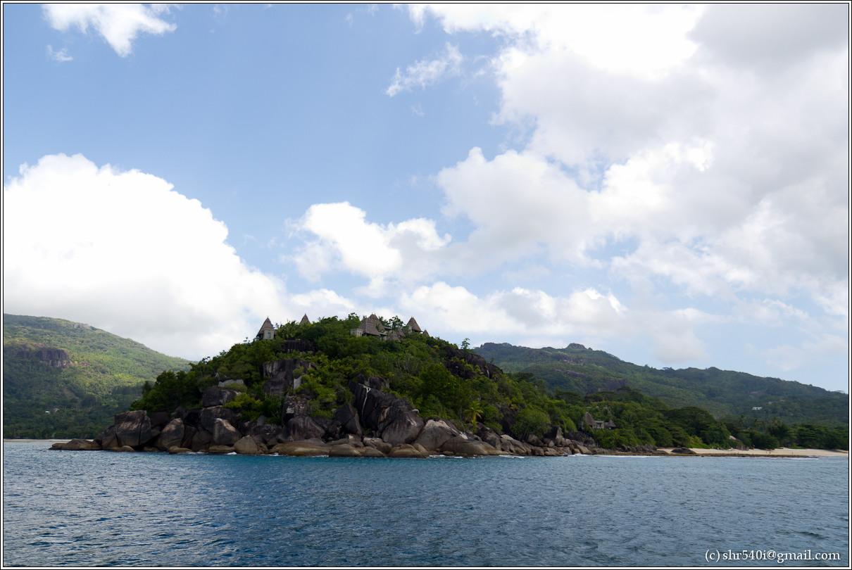 2011-01-07 12-52-20_Seychelles_00481_1star.jpg