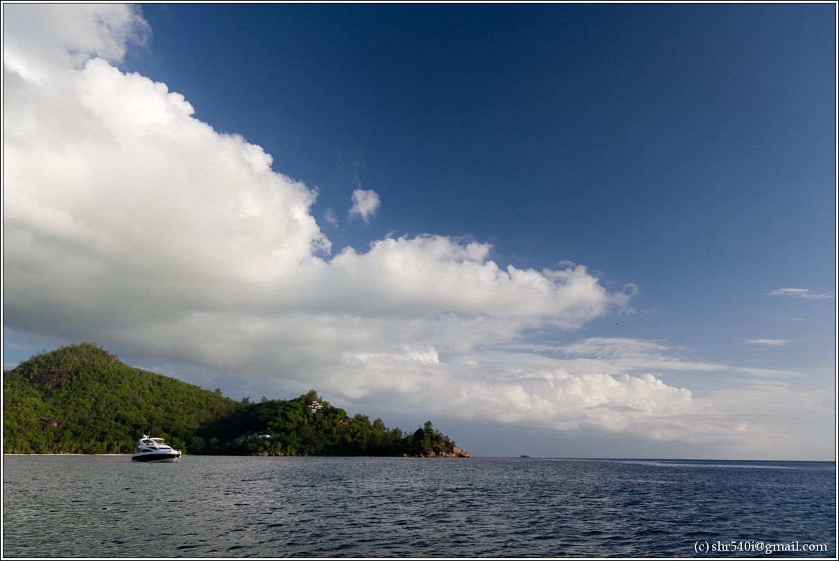 2011-01-07 17-37-37_Seychelles_00495_1star.jpg