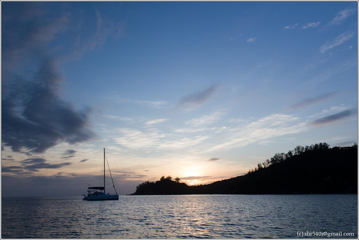 2011-01-07 18-30-08_Seychelles_00518_1star.jpg
