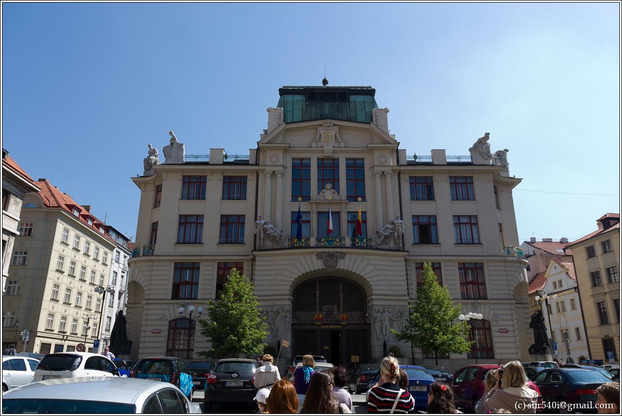 2011-05-09 12-28-08_Prague_00137_3star.jpg