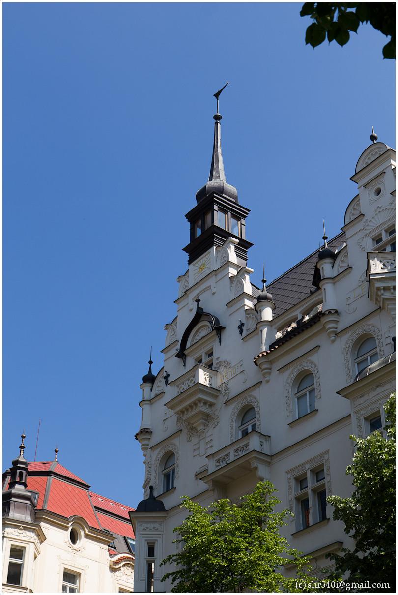 2011-05-09 12-42-35_Prague_00156_3star.jpg