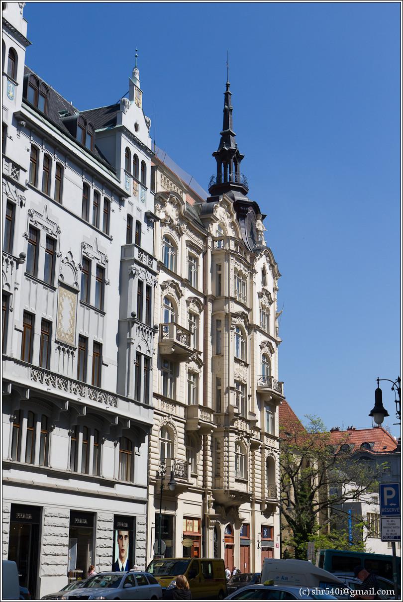 2011-05-09 12-44-50_Prague_00158_3star.jpg