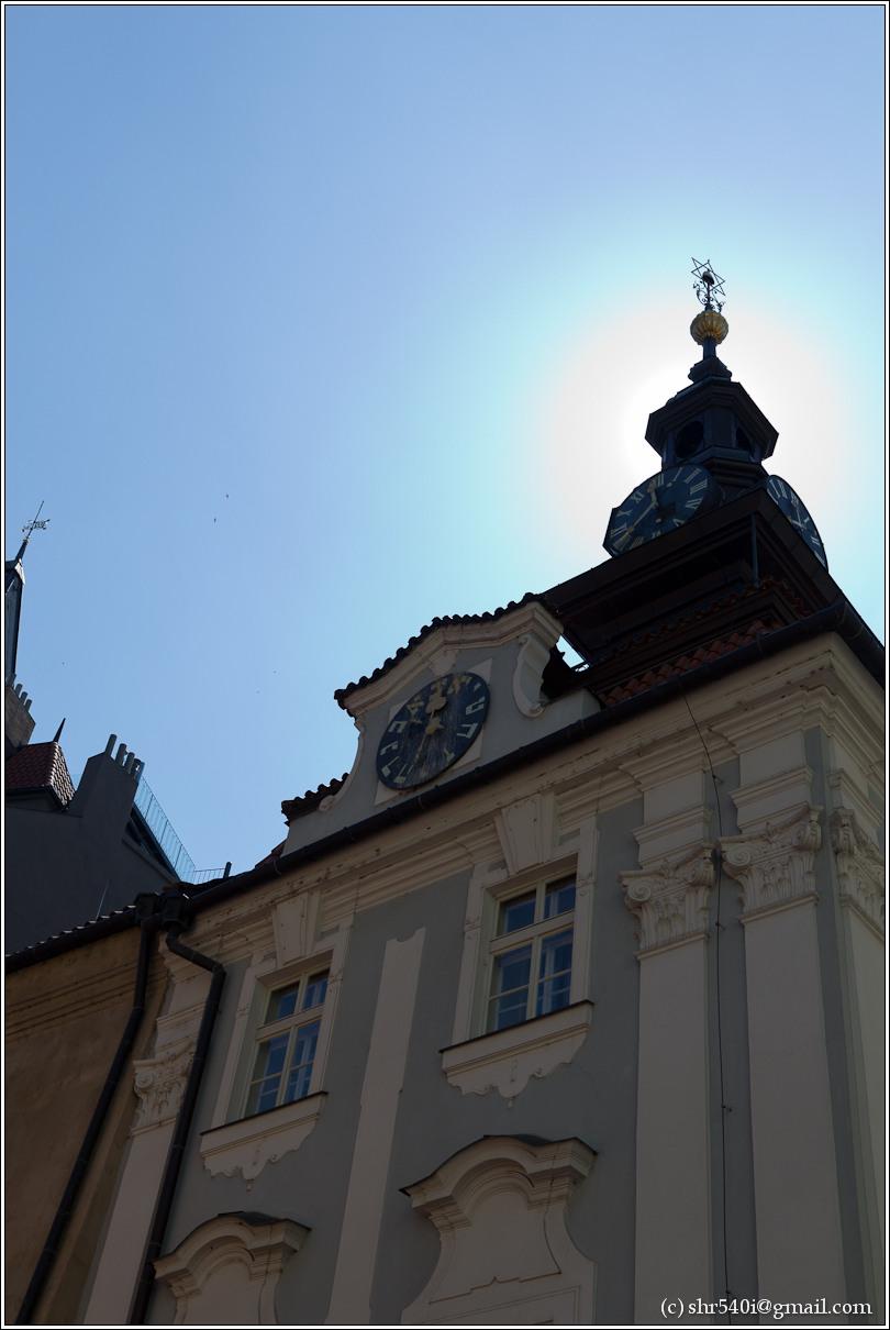 2011-05-09 12-47-44_Prague_00165_3star.jpg