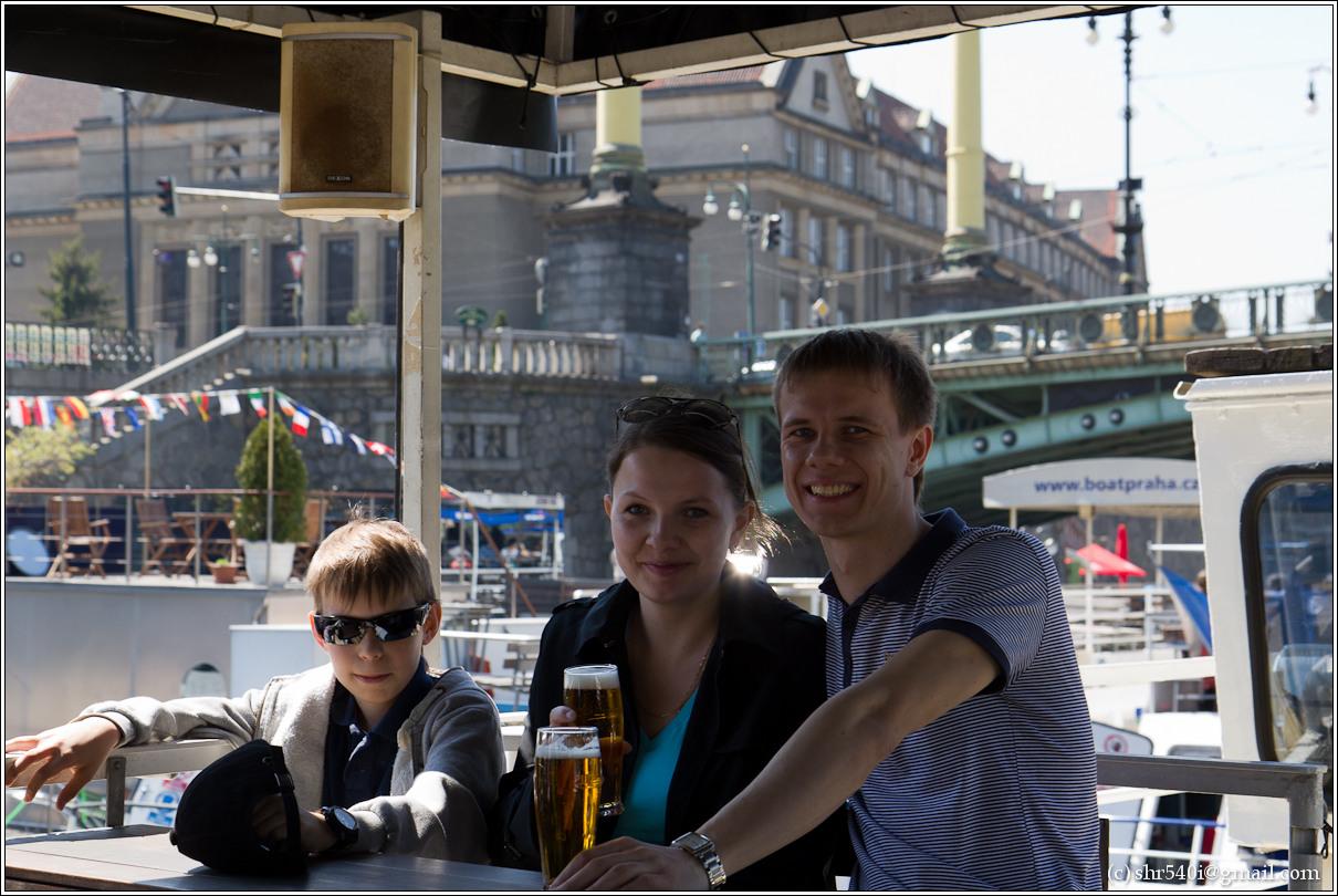 2011-05-09 13-04-46_Prague_00179_3star.jpg
