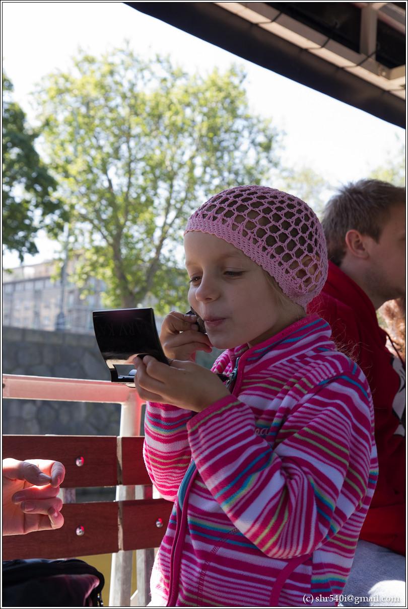 2011-05-09 13-20-40_Prague_00210_3star.jpg
