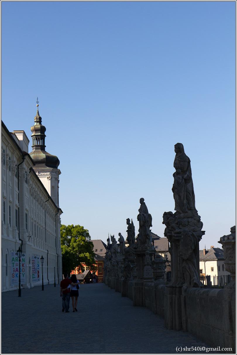 2011-05-09 18-09-17_Prague_00377_3star.jpg