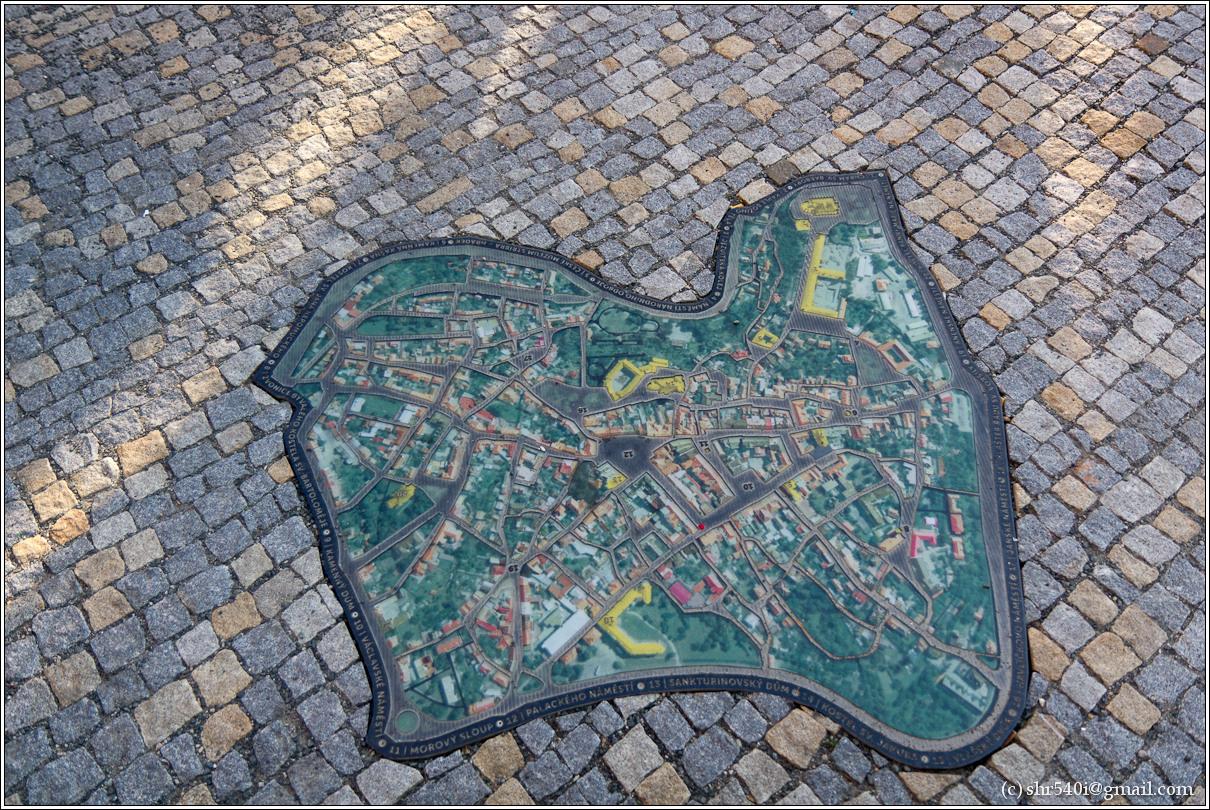 2011-05-09 19-18-24_Prague_00452_3star.jpg