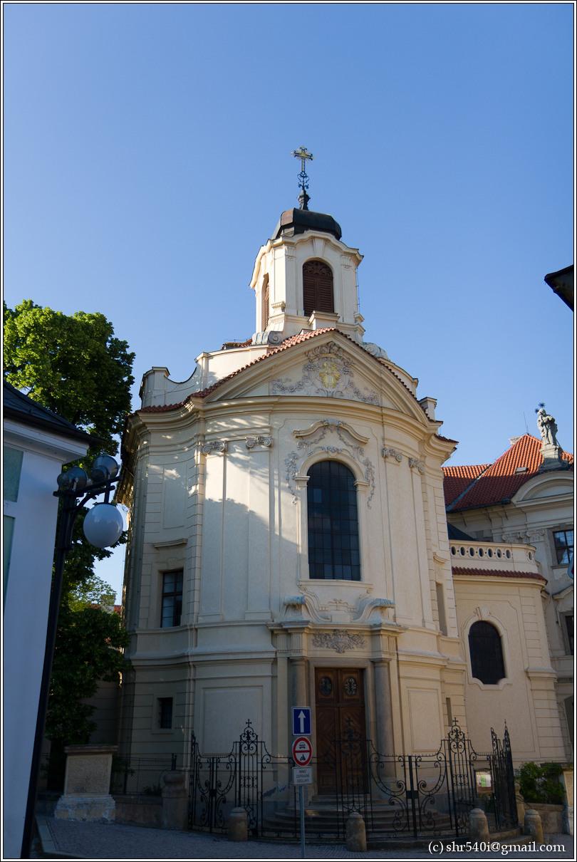 2011-05-09 19-20-33_Prague_00457_3star.jpg