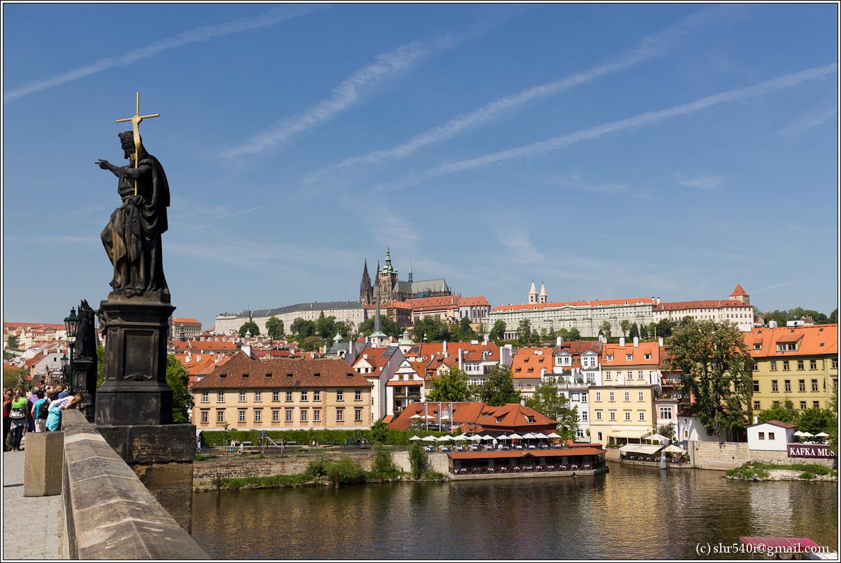 2011-05-10 12-52-19_Prague_00024_3star.jpg
