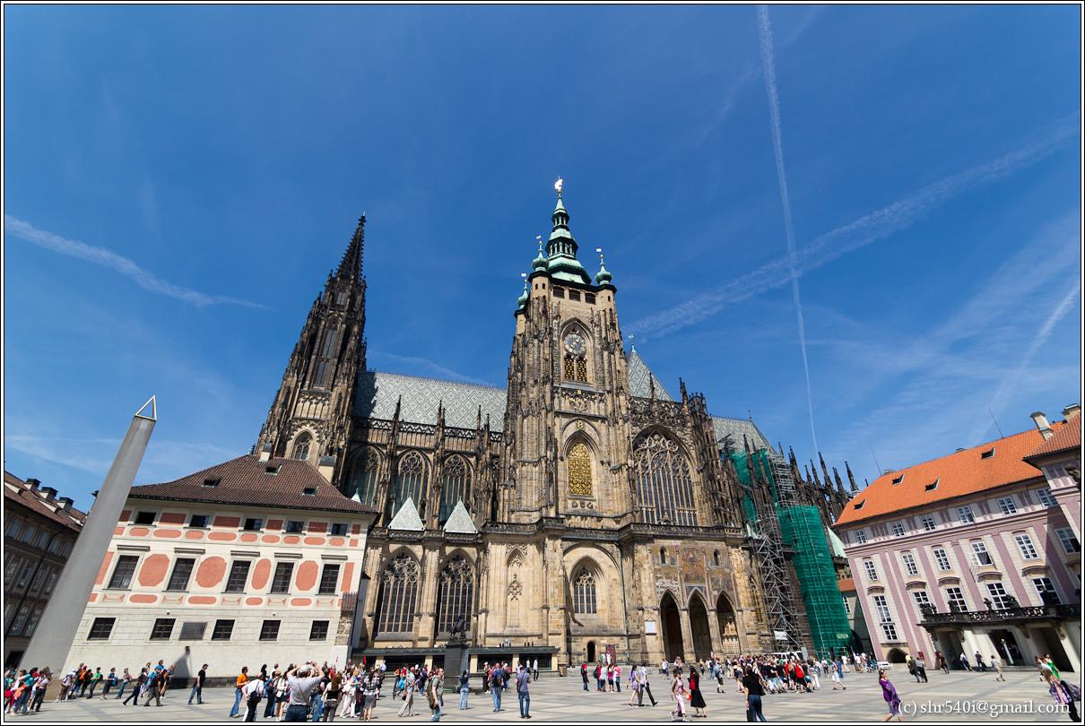2011-05-10 14-15-01_Prague_00079_3star.jpg