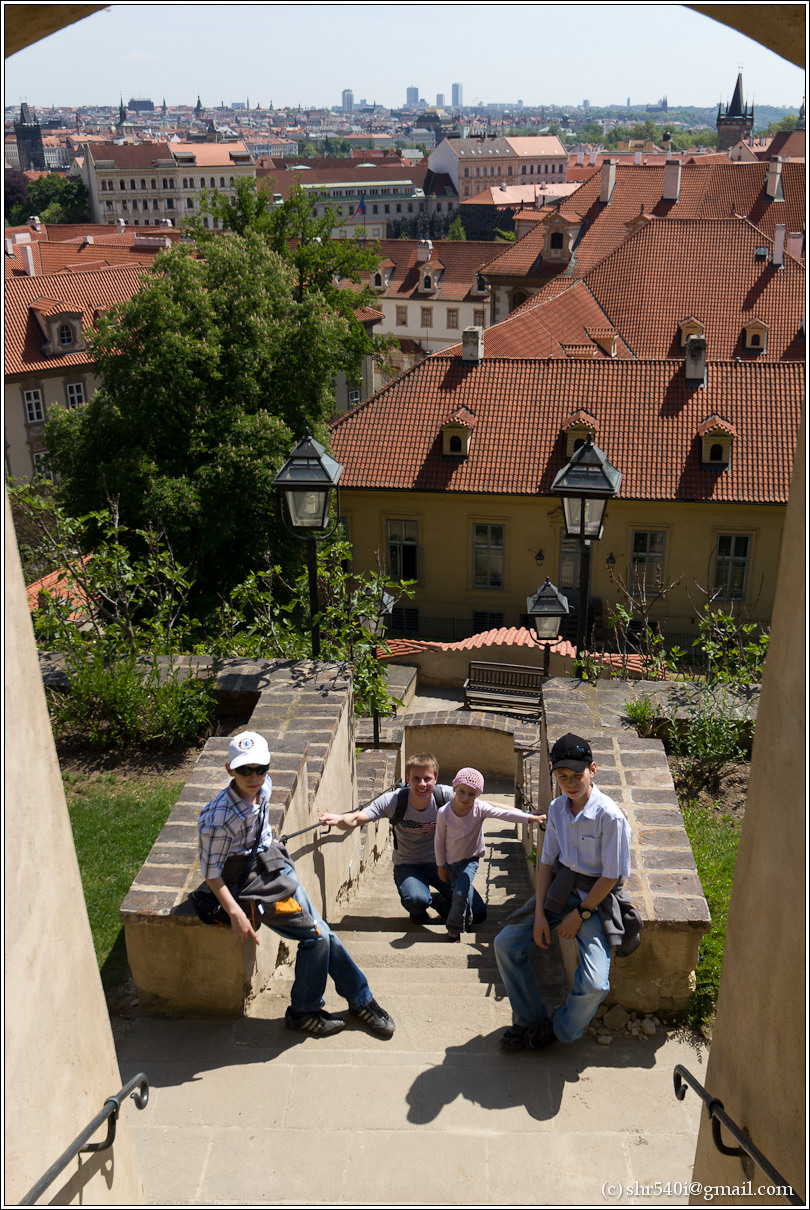 2011-05-10 14-43-54_Prague_00112_3star.jpg
