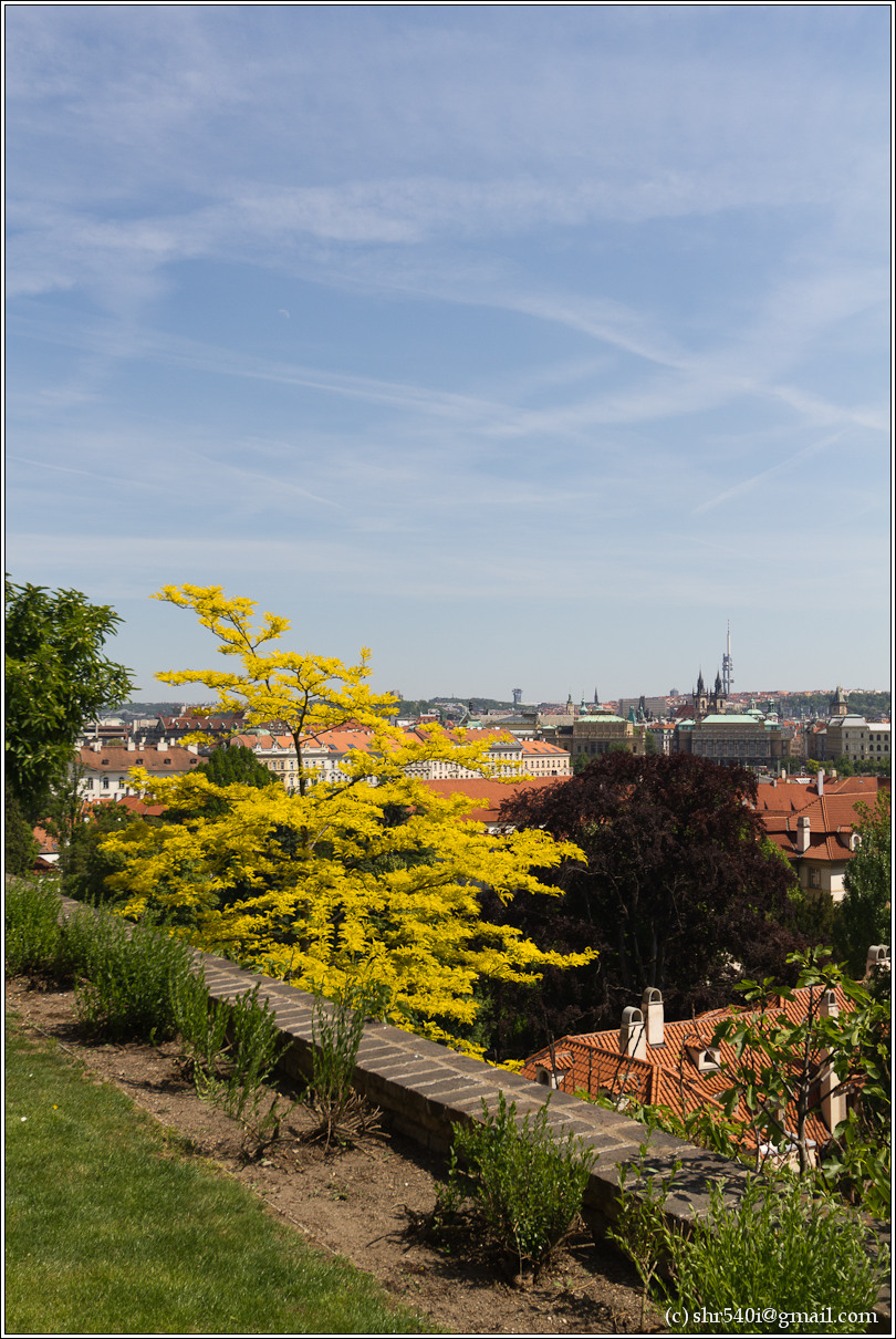2011-05-10 14-44-13_Prague_00114_3star.jpg