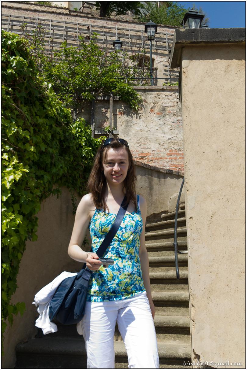 2011-05-10 14-45-50_Prague_00118_3star.jpg