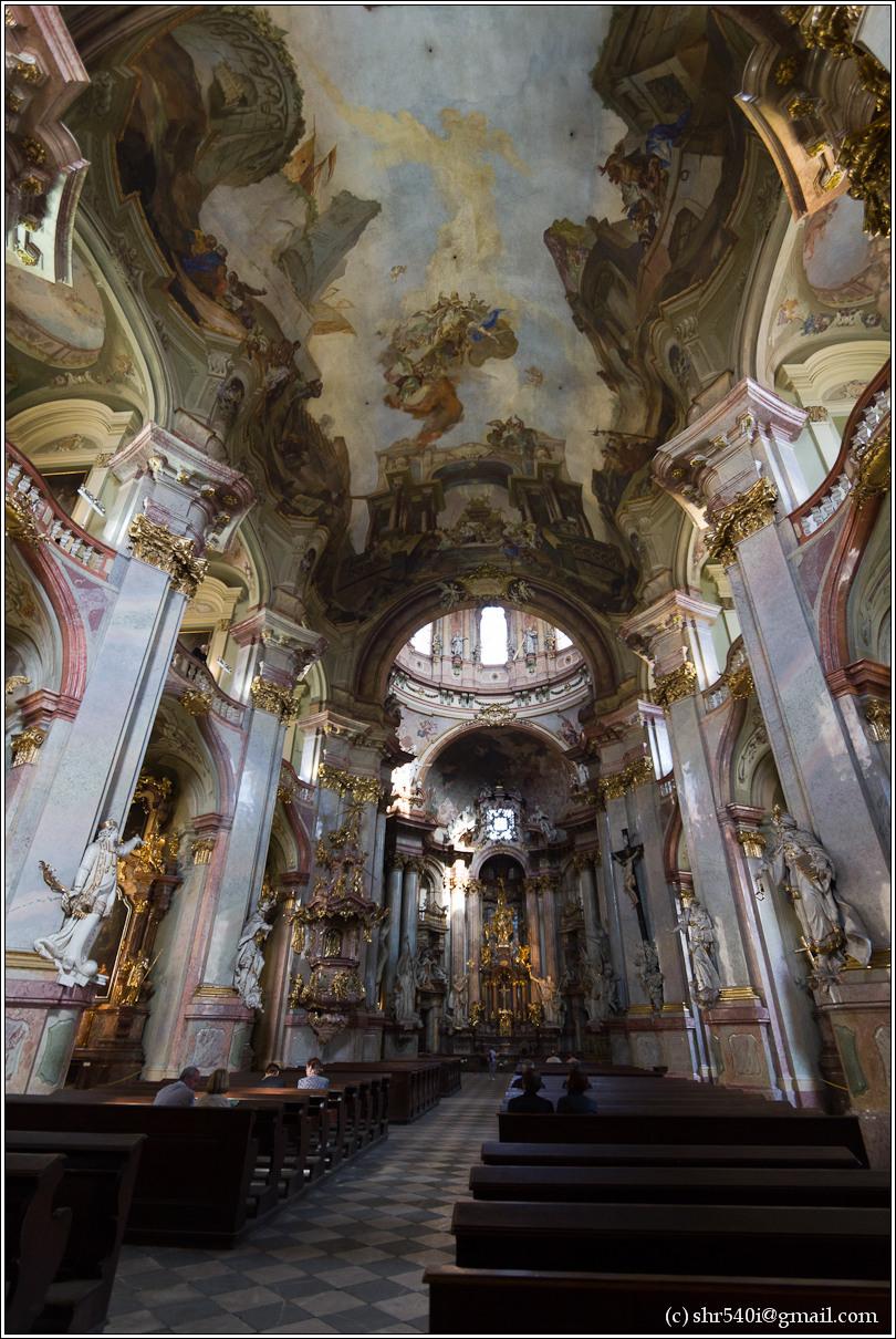 2011-05-10 16-58-07_Prague_00153_3star.jpg