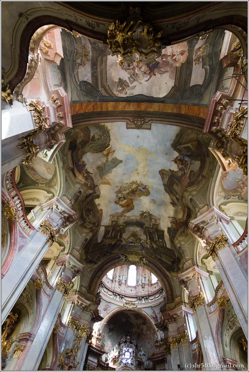2011-05-10 16-58-31_Prague_00155_3star.jpg
