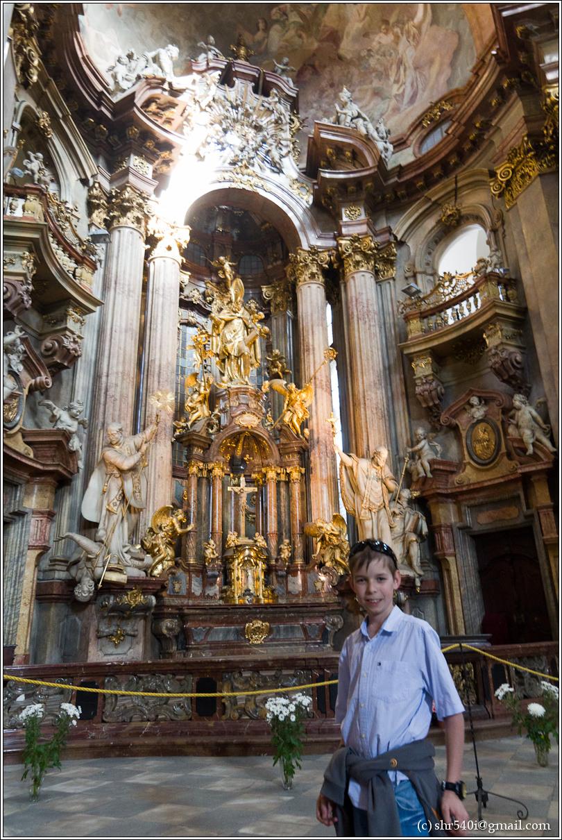 2011-05-10 17-15-12_Prague_00180_3star.jpg