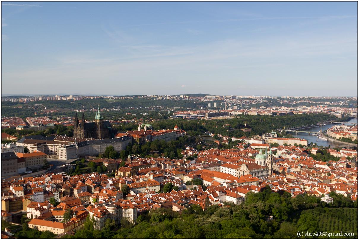 2011-05-10 18-25-22_Prague_00228_3star.jpg
