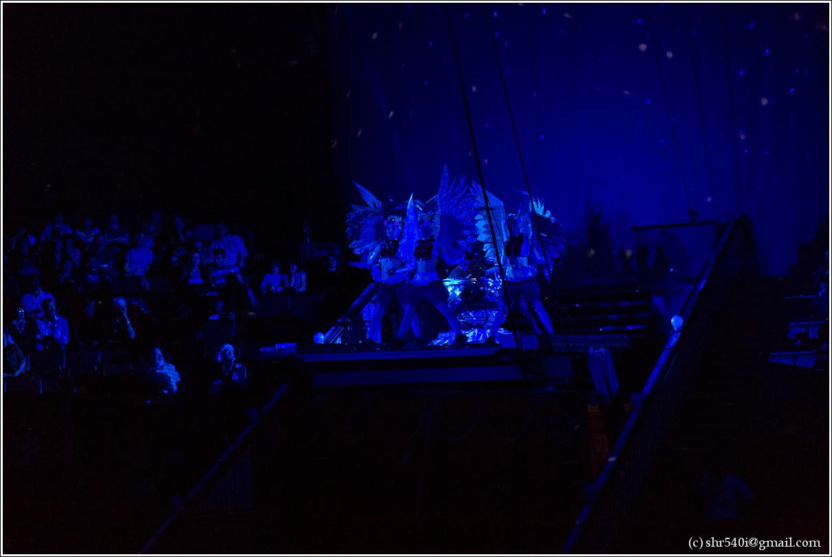 2011-06-18 18-08-23_Circus_00043_3star.jpg